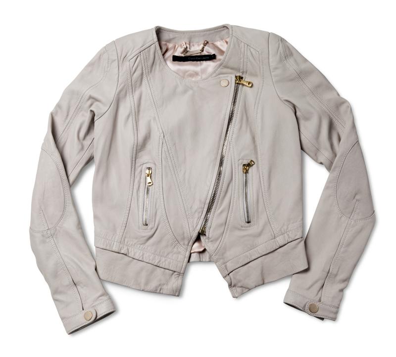 chaqueta beige