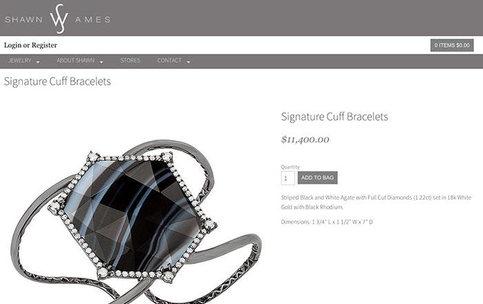 Las joyas destacan muchísimo más si son el pilar central de la ficha de producto