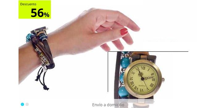 reloj obre modelo de manos