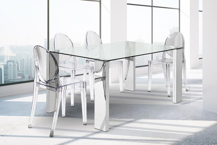 Fotografía de ambiente: conjunto de mesa y sillas