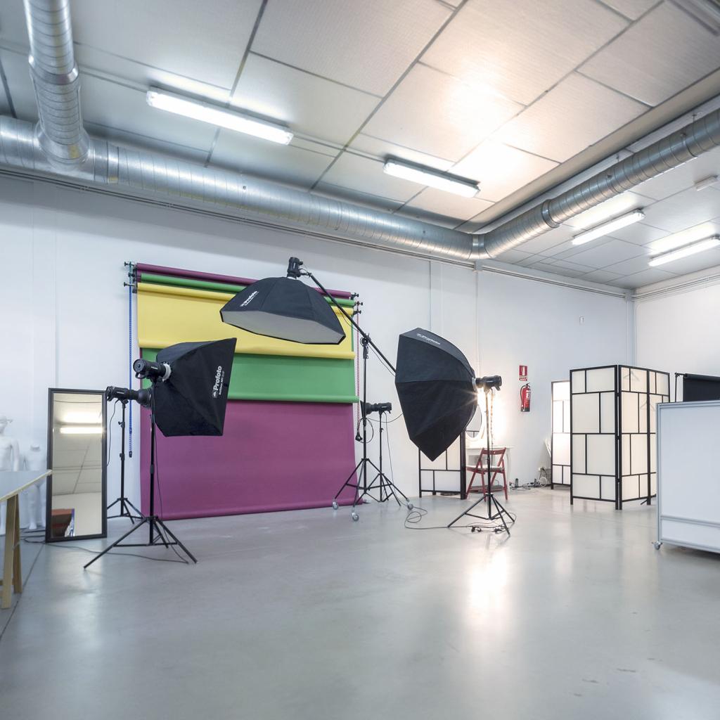 Fotografía eCommerce: Nuestro estudio - Un set de fotos