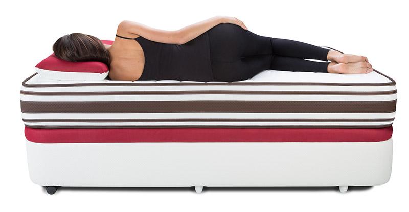 Foto colchón con modelo